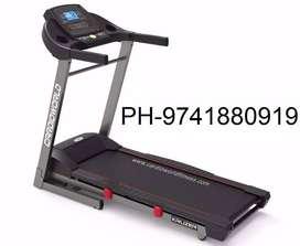 Cardio world brand new treadmill CW - KRUZER