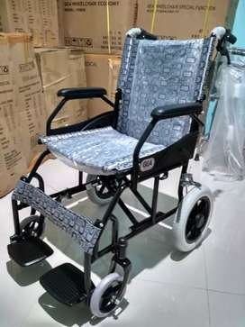 Kursi roda gea travelling hitam