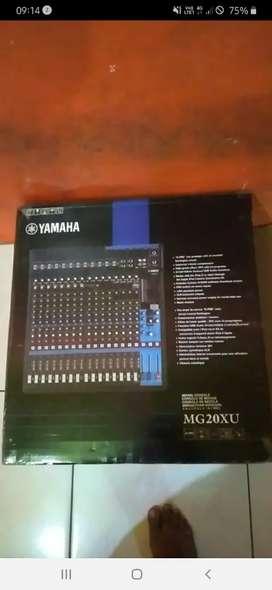 Mixer yamaha xu20mg