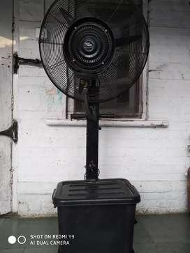 Outdoor cooling fan..mist fan