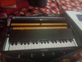 Harmonium single time used