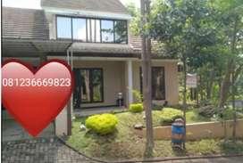 Rumah di Pandanaran Hills