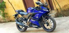 Yamaha R15 FZS good condition
