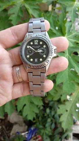 Jam tangan quartz siap pakai tidak ada kendala