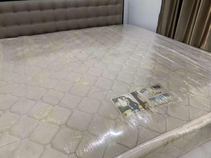 Matras Spring Bed Merk King Koil 0