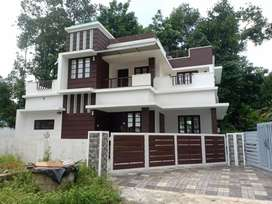 Aluva 4bhk 5.5cent 1800sqt house 58lakh