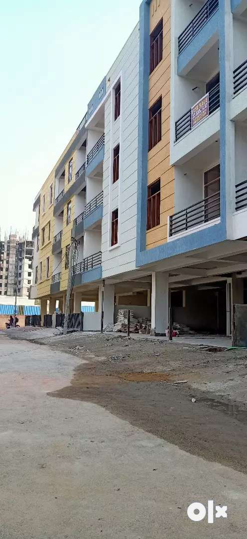 2bhk flat just for sail 165555 0