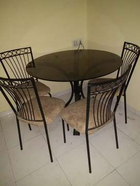 4-chair Round Glass Dining Table