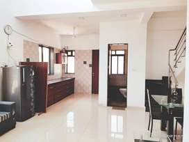 House for sale near BROADWAY MALL avinashi road Neelambur Coimbatore