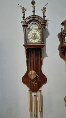 Jam antik Frisian perempatan westminster