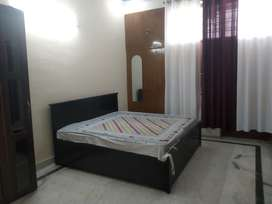 Independent Room (Sec 53) for Boys (Bachelors only)