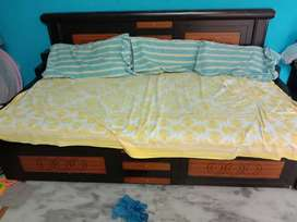 6.5X6.5 Diwan cum King size Foldable Bed