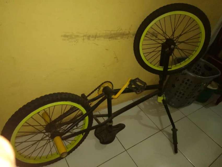 Sepeda BMX Original 0