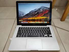MacBook Pro 13 Late 2011 MD313 Intel Core i5 2.4Ghz Mulus Normal