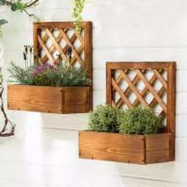 Wall pots for flowers and basket