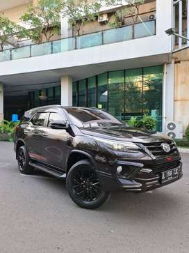 TOYOTA Fortuner VRZ TRD 2019 Facelift KM 40RB RECOD Auto2000