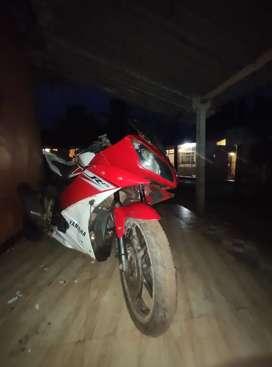 Yamaha r15 v2 for urgent sale