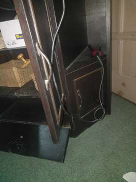 TV stand with Almira and drawrs