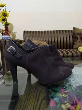 Marks and Spencers girls high heel boots