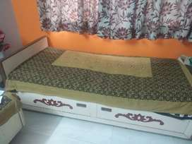 Sagwan Bed