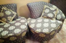 SOFA SET 5 SEATER ( 10/9) CONDITION)