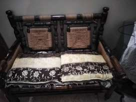 Sofa set 4 seater with table