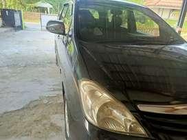 jual mobil kijang inova diesel
