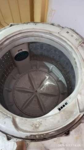 LG top load washing machine 6.5 KG drum