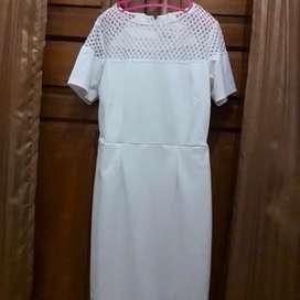 Dress putih argadine