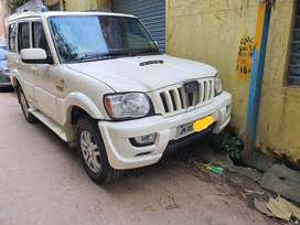Mahindra Scorpio VLX 2WD Airbag Special Edition BS-IV, 2014, Diesel