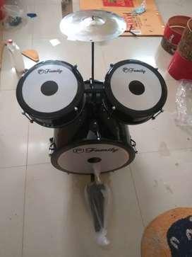 drum mini nya Monggo di pilih buat si kecil