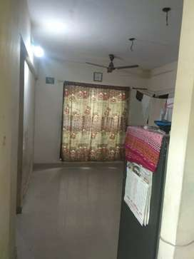 1 roommate required Sec-20 near station