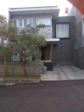 Rumah Lux 2LT di ciwaruga dekat kampus Polban