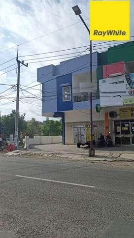 Disewakan Ruko Hook 2 lantai di Gayungsari Timur
