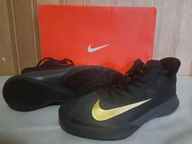 Nike precission 4 black metalik gold
