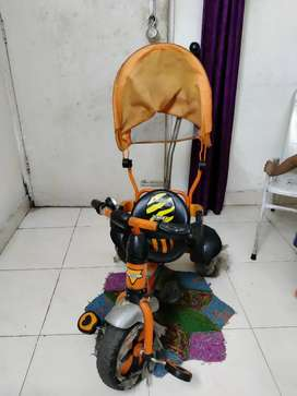 Kids tricycle in good condition