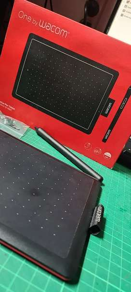 Drawing Tablet Wacom CTL-472