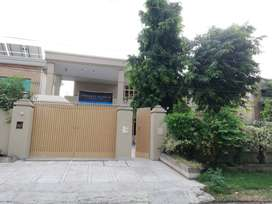 Luxury Girls Hostel In Johar Town