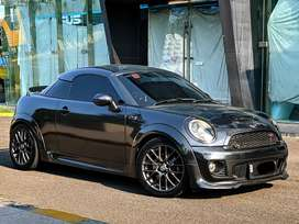 Mini Cooper  S Coupe 2012 / 1.6 Turbo/ JCW Packages/ Low KM / Like NEW