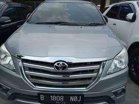 Toyota Innova V AT 2015