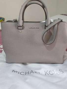 Michaal Kors Savannah Bag