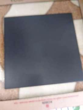 Keramik ukuran 30 x 30 hitam promo