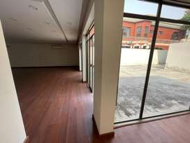 4 Kanal commercial space available for rent.