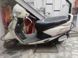 Scooty, running condition ,no defect