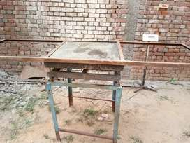 Weight scale machine of dolphin Co. 2019 model of 1 ton capacity