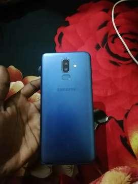 Samsung j8. 4 gb. Internal 64