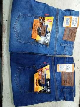 Celana jeans standar
