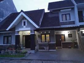 Rumah bagus di Perumahan di Jombor jl Magelang dekat JCM