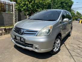 Nissan Grand Livina HWS 2012 AT