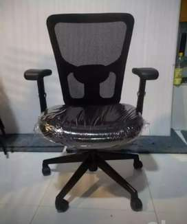 60 Office Chair or Executive Chair brand new packed piece